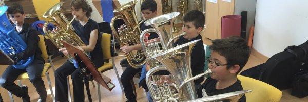 Tuba y bombardino Conferencia: 7 Pasos para llenar tu clase de tuba