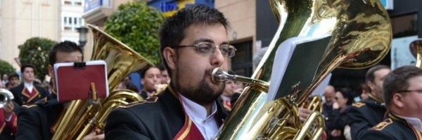 Tuba Consejos para tocar la tuba y el bombardino en Semana Santa