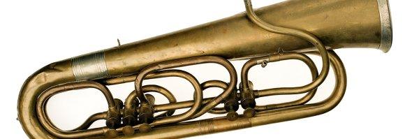 Tuba y bombardino La tuba cumple 185 años
